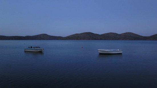 Selena Village: вид на залив