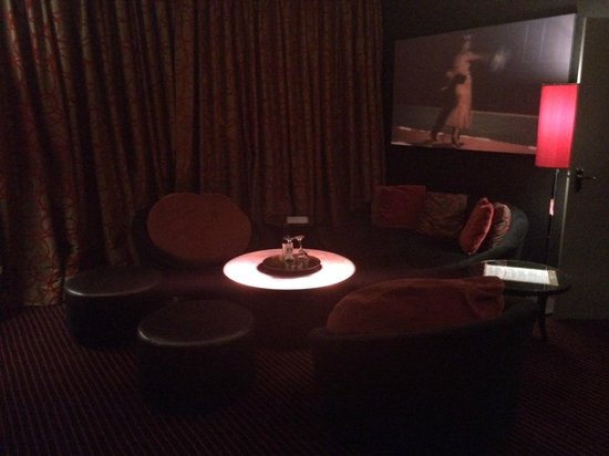 Malmaison Manchester: Seating area in the lounge
