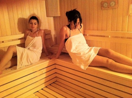 Temple Class Hotel: sauna