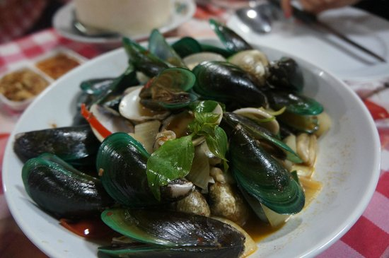 Kwong Shop Seafood: muscles n clams