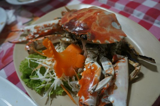 Kwong Shop Seafood: grill crab instead of salted egg crab that we ordered