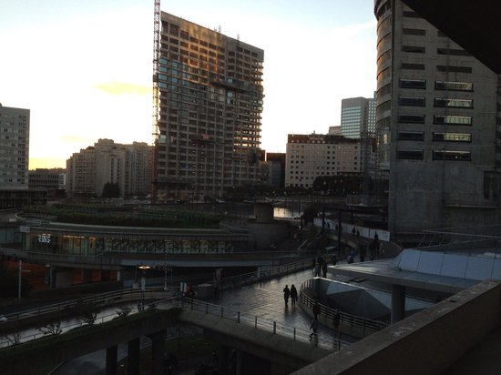 Fraser Suites Harmonie Paris La Defense: view from our room