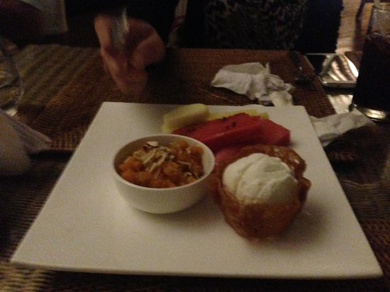 Carnoustie Ayurveda & Wellness Resort: dessert at The restaurant