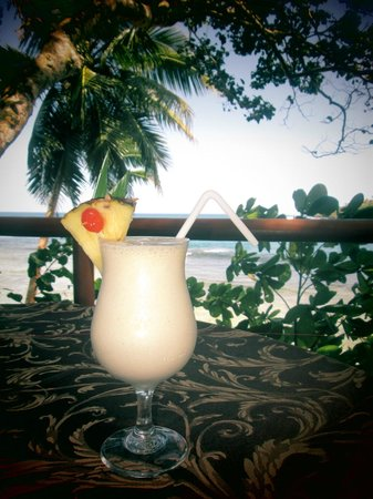 Namale the Fiji Islands Resort & Spa: Drinks on patio