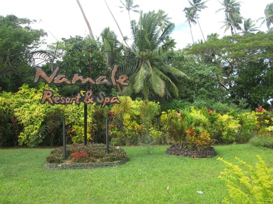 Namale the Fiji Islands Resort & Spa: Entrance sign