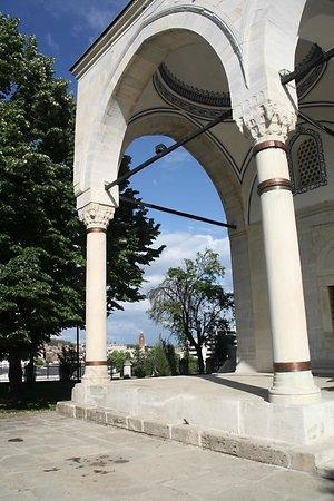 Mustafa Pasha Mosque : Voorportaal