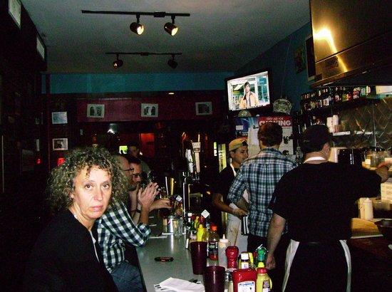 Bonnie's Grill: Bonnie's bar