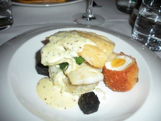 Wedgwood The Restaurant: Smoked haddock with egg and black pudding