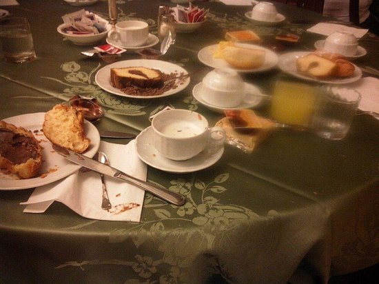 Hotel Beverly Hills Rome: colazione.