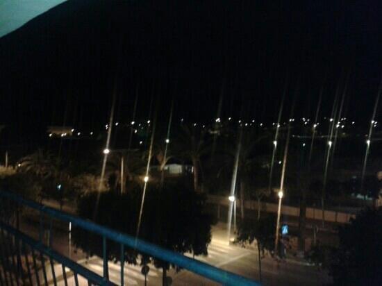 Hotel gabarda palma nova zdj cie balcony view at night for Balcony night view