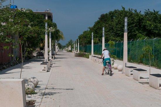 写真Piste Cyclable sur Paseo Xaman-Ha枚