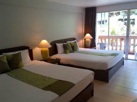 Phuket Orchid Resort & Spa: large room