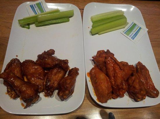 Chicken Wings Picture Of Twin Peaks Restaurants Shenandoah