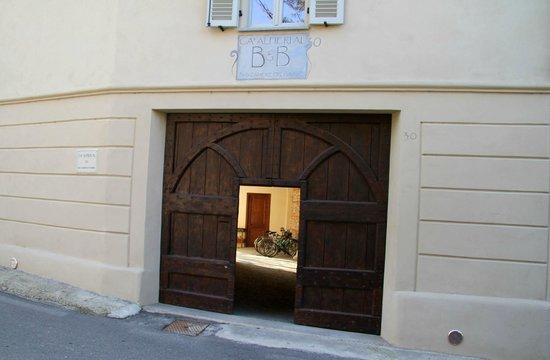 Ca Alfieri al 30 B&B Camere di Charme: The Front Door