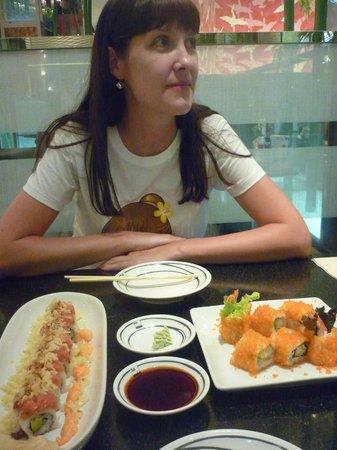Fuji Japanese Restaurant - Central Festival Phuket: вечер в Fuji