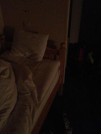 Hotel Pied Moutet : Camera (terzo letto senza comodino)