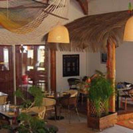 photos of palmier restauration rapide laval restaurant images tripadvisor. Black Bedroom Furniture Sets. Home Design Ideas