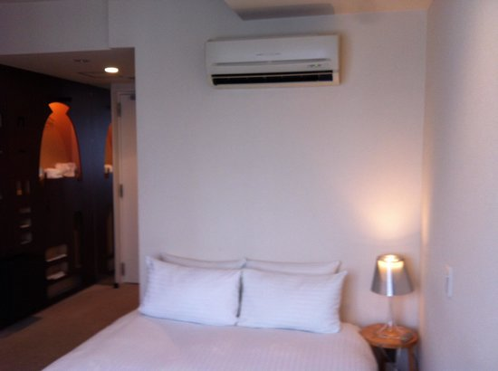 Claska: The bed room 603