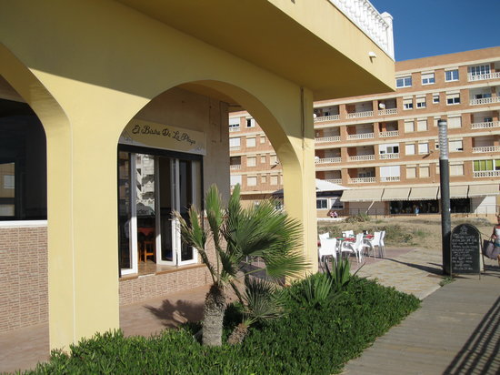 El Bistro de la Playa: The Bistro