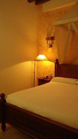 Hotel Argantonio: chambre