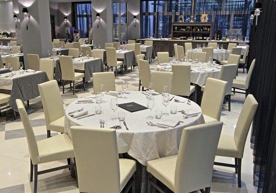 Salone calzavecchio foto di ristorante calzavecchio for Hotel casalecchio bologna