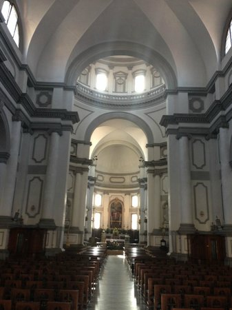 BEST WESTERN Albergo Roma: Local church