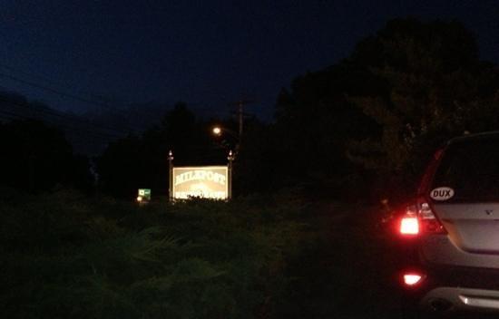 Milepost Tavern Restaurant : milepost sign