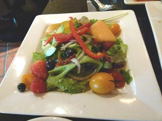 The Fixx Pasta Bar and Cafe: Green salad
