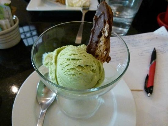 The Fixx Pasta Bar and Cafe: Pistachio ice cream