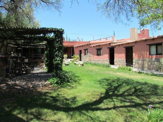 Posada Con Los Angeles: au calme dans un jardin verdoyant