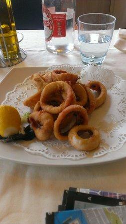 Restaurante Balneario La Magdalena: Rabas