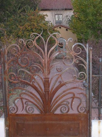 La Posada Hotel: One of many examples of great ironwork