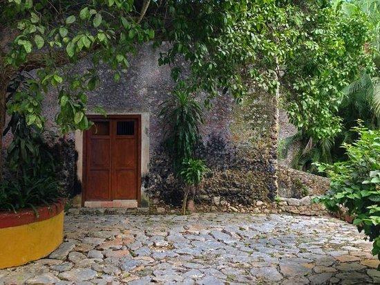 Hacienda San Jose, a Luxury Collection Hotel: Scene on the patio of Casa patron