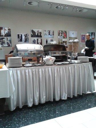 Carat Boutique Hotel: Buffet colazione