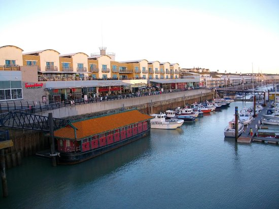 Malmaison Brighton : The marina-facing rooms from Weatherspoons