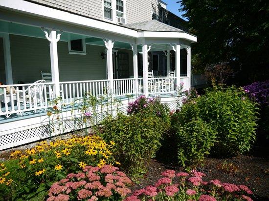 Belmont Inn : Wraparound Porch