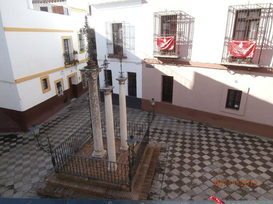 Apartamentos Las Cruces: it looks quite enough....