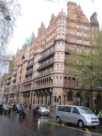 The Principal London : Hotel Russell on a Rainy Spring Day April 2012