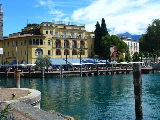 Villa Nicolli Romantic Resort: Riva Del Garda water front