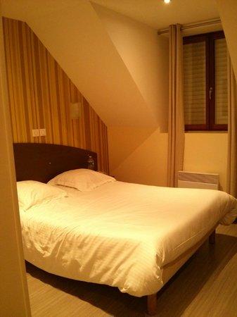 Auberge de la Baie : sleeping room