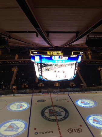 Chase skybridge section 311 bs3 seat 20 picture of Madison square garden customer service