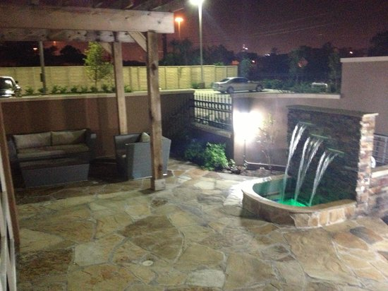 Hampton Inn & Suites Houston I-10/Central: Outdoor Pool Area