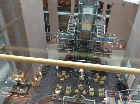 Hilton Frankfurt City Centre : lobby