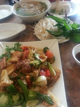 Saigon Pho & Cafe