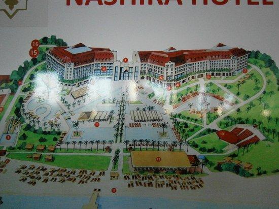Nashira Resort Hotel & Aqua-Spa: Нам понравились номера в правом крыле, с окнами на лес и горы.