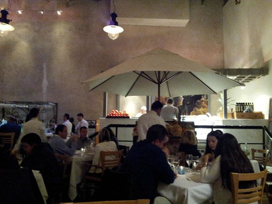 Estiatorio Milos : Dining room