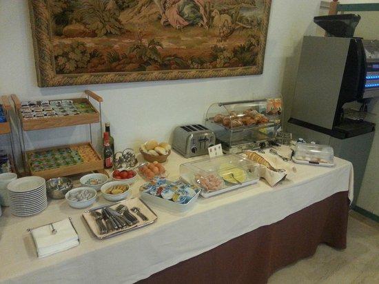 Hotel Ristorante Primavera: Breakfast