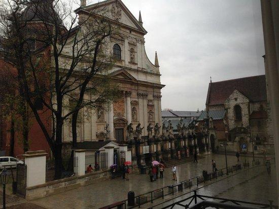Senacki Hotel : View from 1st floor balcony, looking toward Wawel Castle