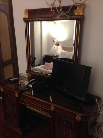 Acropolis Museum Boutique Hotel: Room 1