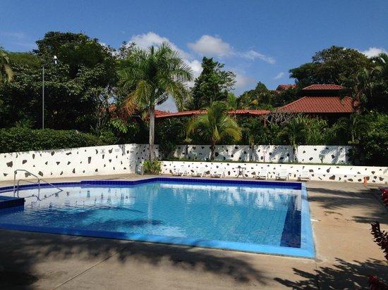 Hotel Colinas del Sol: Pool